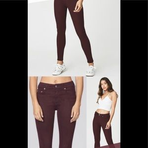 LF CarMar denim colored skinny jean in berry Sz 28